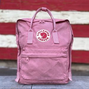 Beautiful Fjallraven Kanken Classic
